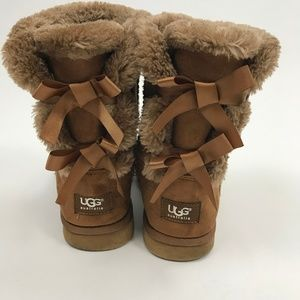 UGG Women's Bailey Bow 2 II Brown Boots Sz 7